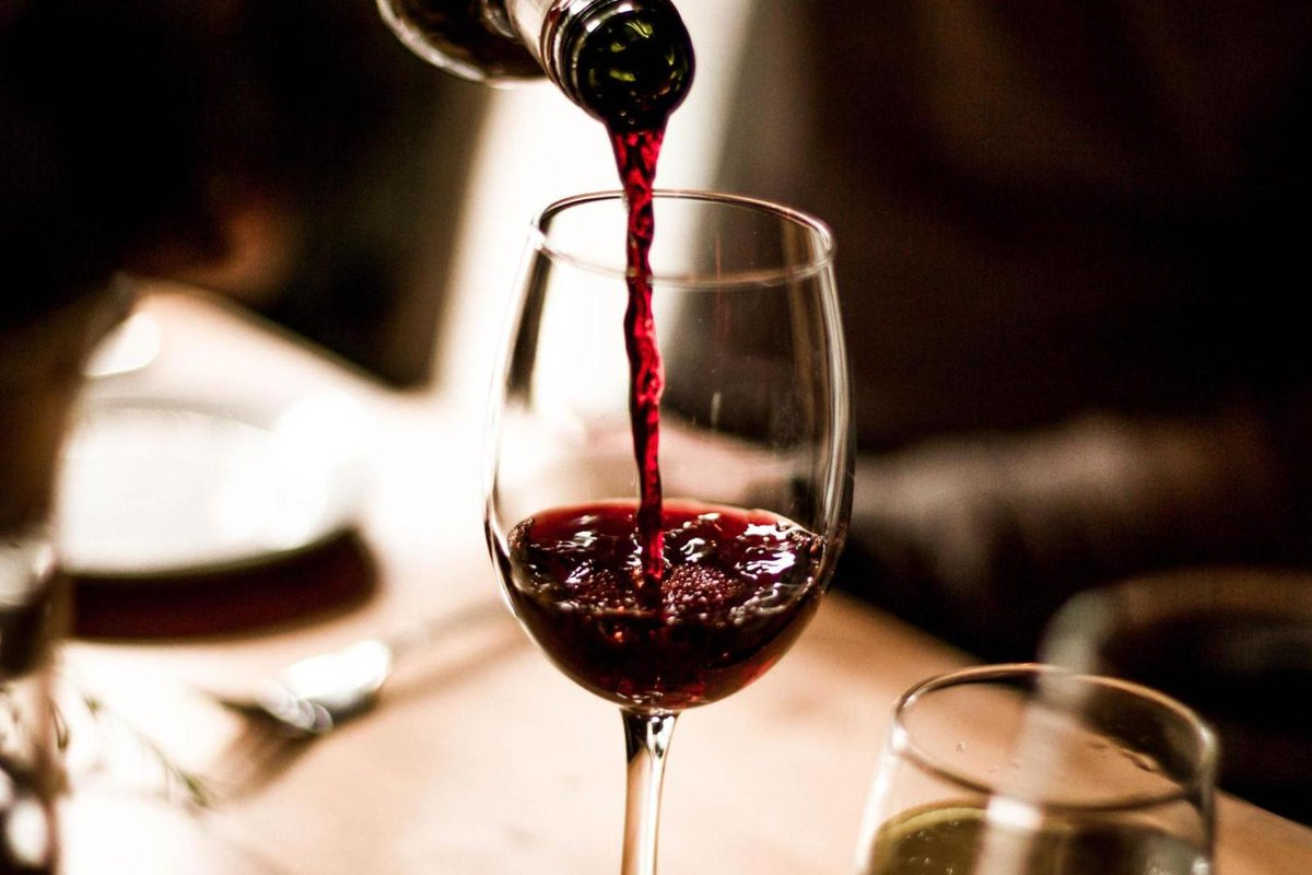 Top Reasons to Love  Red Wine