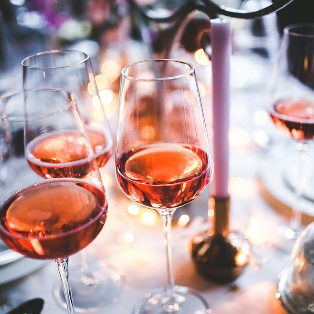 How to Serve Wine at a Wedding